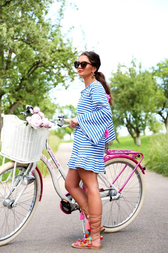 outfit-tassel-dress-pompom-sandals-sundress-pegasus-tourina: