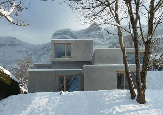 Casa Pré-Fabricada em Collonges / Pierre-Alain Dupraz