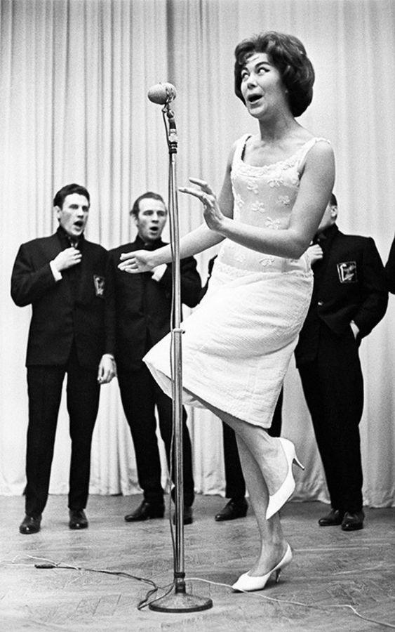 Russian singer Edita Pyekha (ethnic Polish woman, was born in France):
