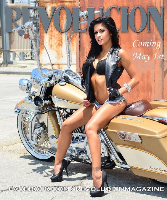 Facebook Revolucion Magazine | Publicado por Custom Rider en 9:11 1 comentario: