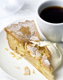 The Very Best Apple Dessert Cake  www.mary Berry.co.uk
