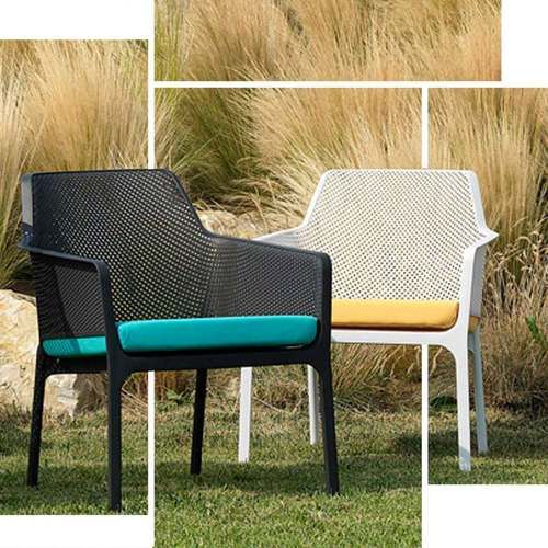 Net Relax Chairs In White Or Black Shown With Cushions Relaxing Chair Armchair Sets Comfortable Armchair