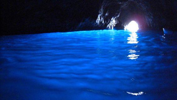 青の洞窟(イタリア)