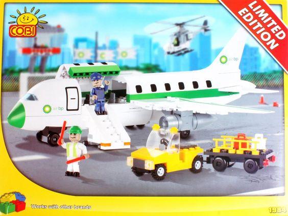 09907 Cobi, Limited Editon, BP Airplane, 350 building bricks. 156pcs € 4.89
