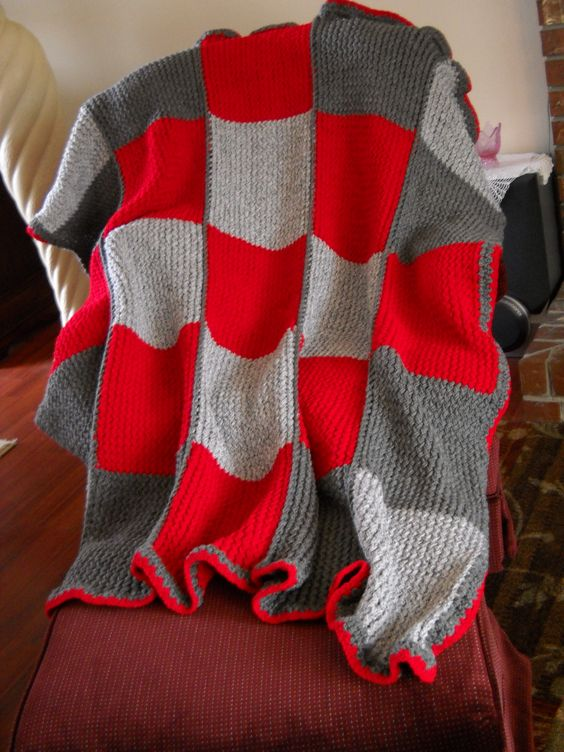 Loom Knit Afghan Pattern : Loom #knit afghan made with various knit squares. Love this! I am so making t...