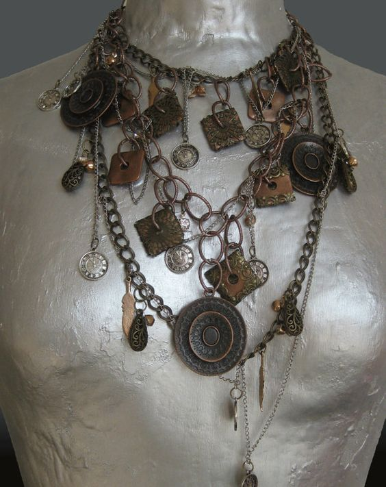 Statement necklace with bronze and silver by CopenhagenStatement