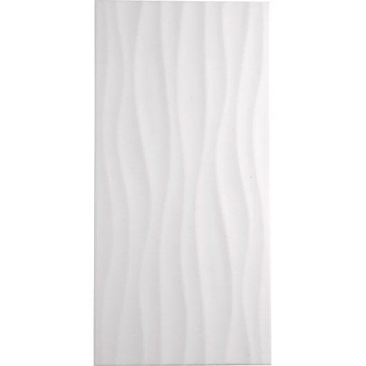 Chambre Luxe Lyon : Carrelage mural décor Hawaï wave en faïence, blanc, 25 x 50 cm