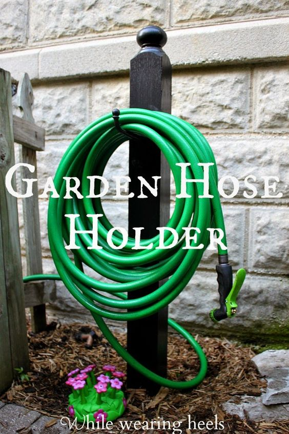Gardens garden hose holder and good ideas on pinterest for Diy garden hose storage