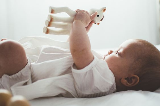 Sophie de Giraf, ieders vriendje. #hetlandvanooit  http://www.hetlandvanooit.be