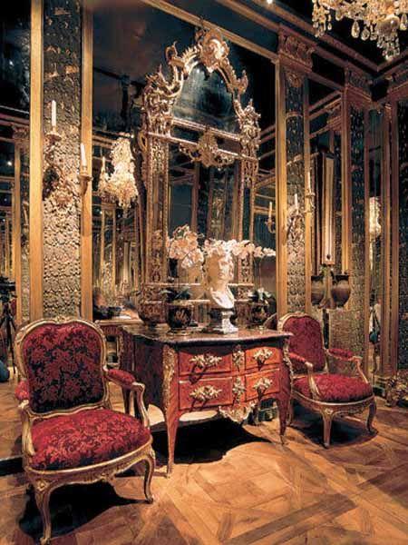 rococo interior design style: