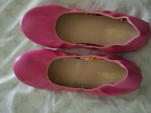 women's size 10M Hot Pink Ballet flats