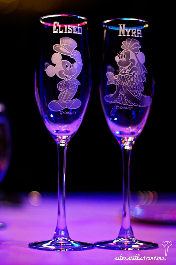 Mickey and Minnie Wedding Flutes