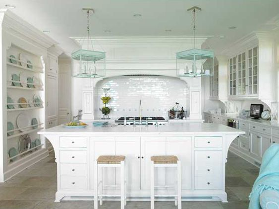 Love the built-in dish rack on the left as well as the lanterns.