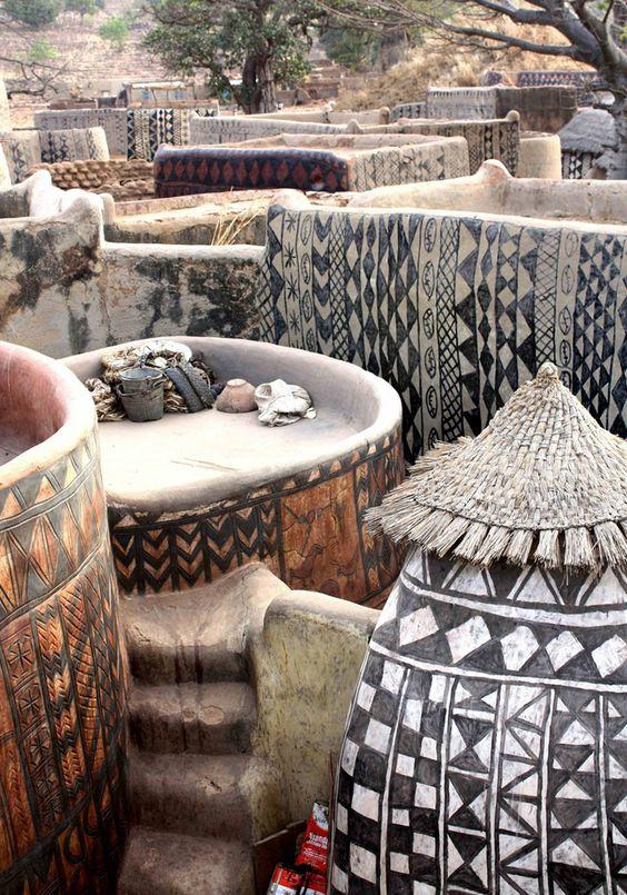 Africa | Kassena homestead.  Burkina Faso | ©Christian Jeantelet: