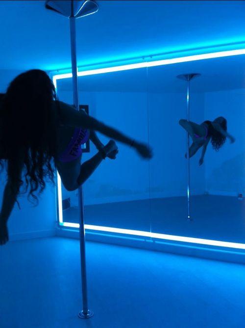 karl s strip strip pole strip club tha pole pole fun dancing rooms