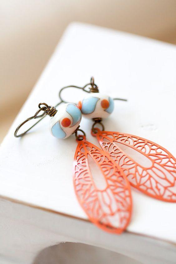 Orange und Blau Ohrring OOAK Lampwork Ohrringe von MeMadeJewels