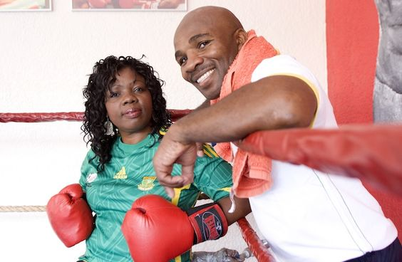 JOHANNESBURG, SOUTH AFRICA - OCTOBER 24: South African boxing champion Baby Jake Matlala and his wife Mapule on October 24, 2009 in Johannes...