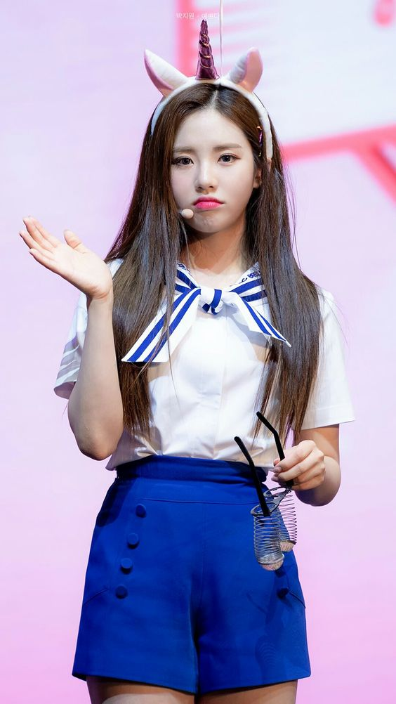 #Jiwon #fromis_9