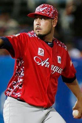 Vidal Nuño sometió a las Águilas del Zulia y obtuvo la victoria ante Tigres de Aragua 2 carreras por 0 (05/11/2015) http://www.noticias24.com/venezuela/noticia/301814/vidal-nuno-sometio-a-las-aguilas-en-victora-de-los-tigres-2-carreras-por-0/