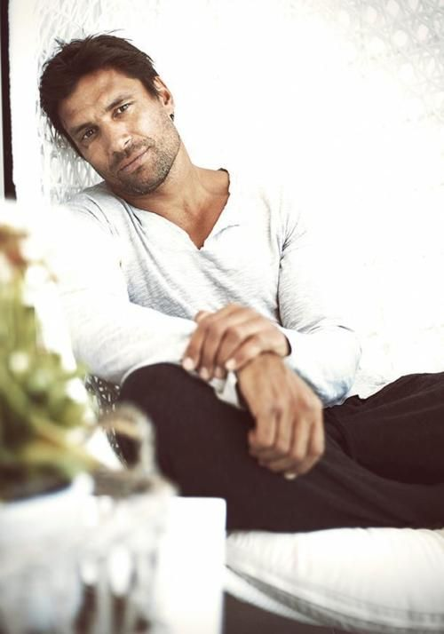 Manu Bennett - wonderful shoot.