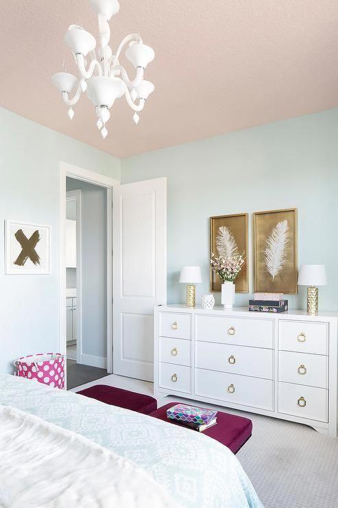 kamar tidur warna pink dan biru 1