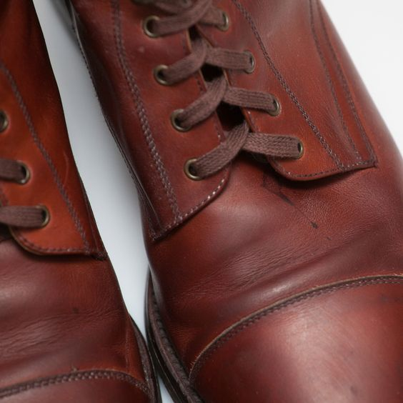 It has a small dark spot on the front of the left shoe close to the eyelets (as shown in the pictures). The fi rst W.J. Dawos production. t for W.J. Dawos success. The close link with Milan granted a relevant position in Made in Italy achievemen. | eBay!