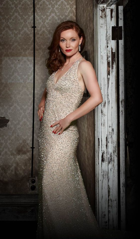 Essie Davis (Not as Miss Fisher) | Essie Davis | Pinterest ...