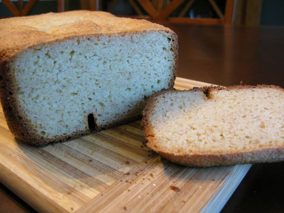 Yeast-Based Paleo Bread- in the bread machine!