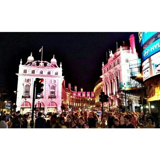 London- Piccadily circus