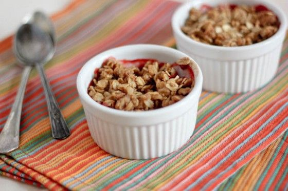 Strawberry Crumble from @Cassie Bake Your Day
