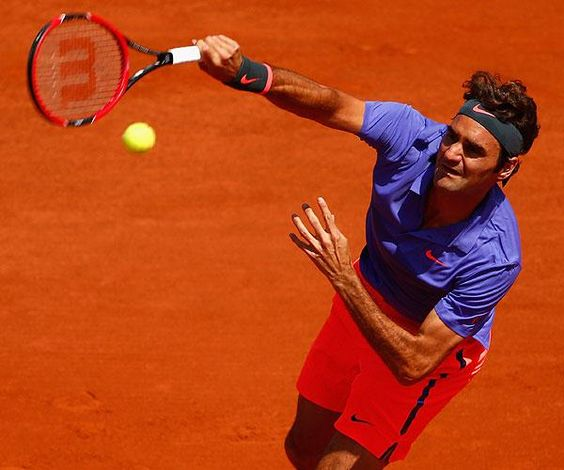 Federer venció 6-3, 6-3 y 6-4 a Falla en Roland Garros, sumó 1.022 triunfos y aumentó récord a 282 en los Grand Slam