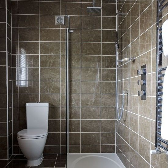 Cooke lewis duchess acrylic on suite home interior for Small shower room ideas