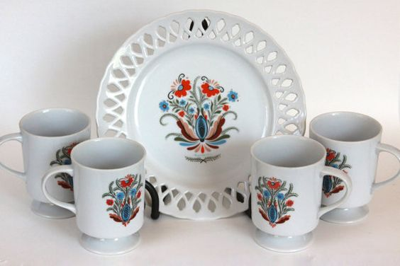 Vintage Swedish Berggren Plate with 4 matching cups Perfect for Tea