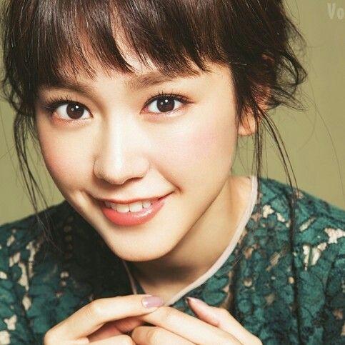 笑顔の桐谷美玲