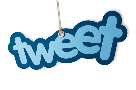 Cómo hacer una tweet efectivo? Infografía vía @mundocontact  Un tweet efectivo debe incluir lo siguiente:  TemaConceptoContenidoHashtagLink. [Infografía]