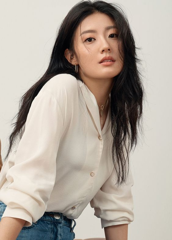 Artis Korea Tercantik Nam Ji Hyun