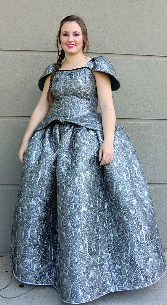Personajes de fantasía: detalles de vestuario