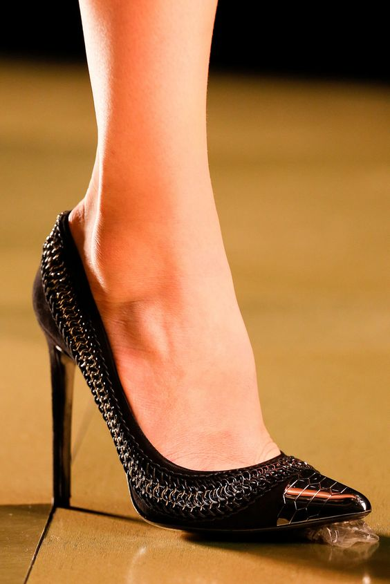 Roberto Cavalli Fall 2013 Ready-to-Wear - Details - Gallery - Style.com