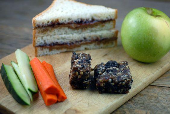 Healthy School Lunch on http://www.elanaspantry.com
