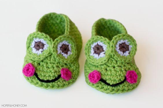 Frog Baby Booties - Free Crochet Pattern I love her stuff!!!: