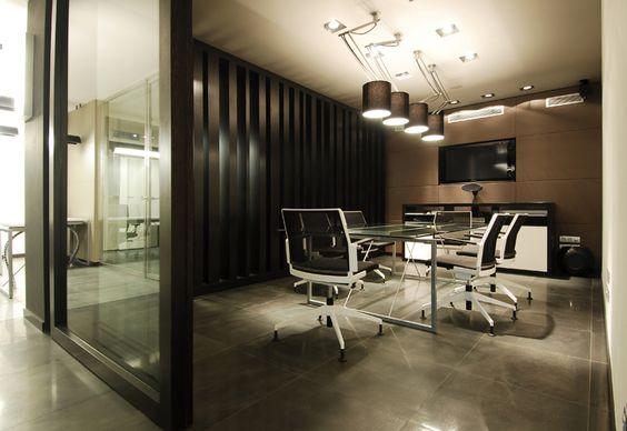 Sala de reuniones amueblada por SpacioVeintiuno.