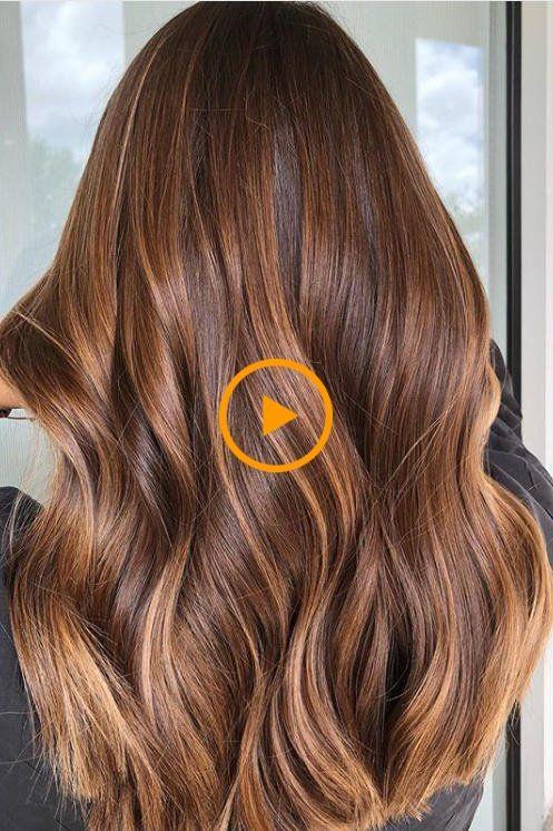 L 39 Eclairage Moyen Est Le Secret De La Couleur Des Cheveux Que Nous Connaissons Tous Couleur Cheveux Cheveux Coiffure Longue