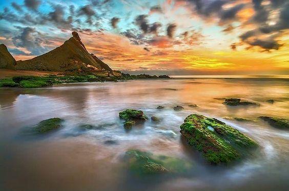 Hormoz Island, Persian Gulf, Iran (Persian: جزیره هرمز- استان هرمزگان - خلیج فارس) Photo by Bardia Saadat