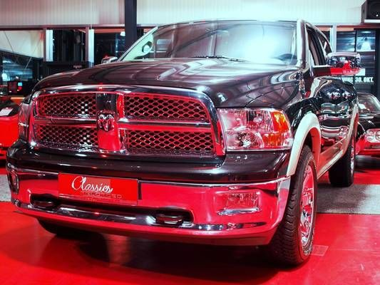 Dodge RAM 1500 Laramie Crew Cab 4x4 Geländewagen 4-Türer $50.000