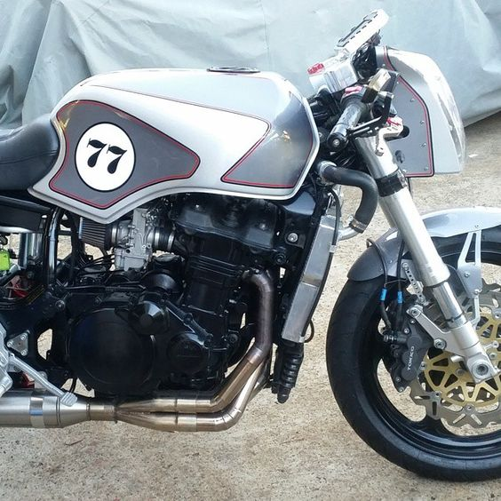 Tims Motorcycle Diaries: Naked Connie