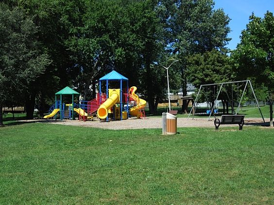 walder park 302 cedar ave this park has a half court basketball two playground areas and. Black Bedroom Furniture Sets. Home Design Ideas