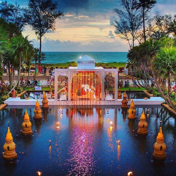 Elegant Floating Mandap Styles For Your Wedding, 53fc30a3030a5c1b7650a2914e97813d