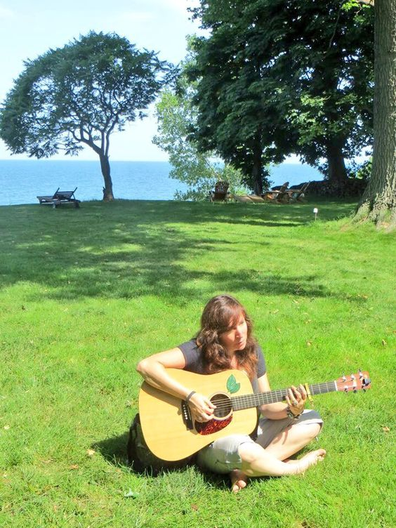 I gave a house concert here the night before- Lake Eire