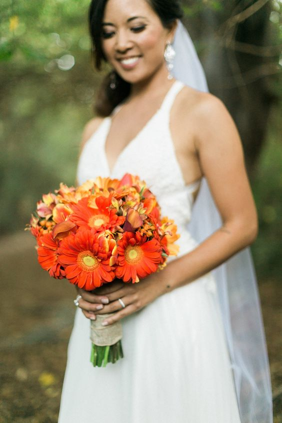 Cute Picnic California Wedding - bridal bouquet. Photo: Jeremy Chou Photography