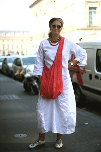 I love linen in summer, even if it wrinkles. Thin linen is best for it seems to wrinkle with style.